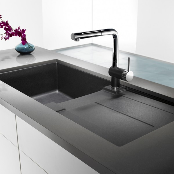 Handle This, Metra X Anthracite faucets.